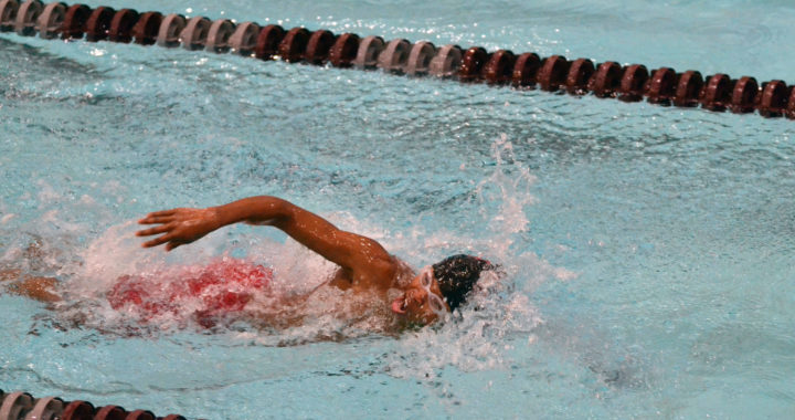 IHS swim and dive teams are making a splash this season