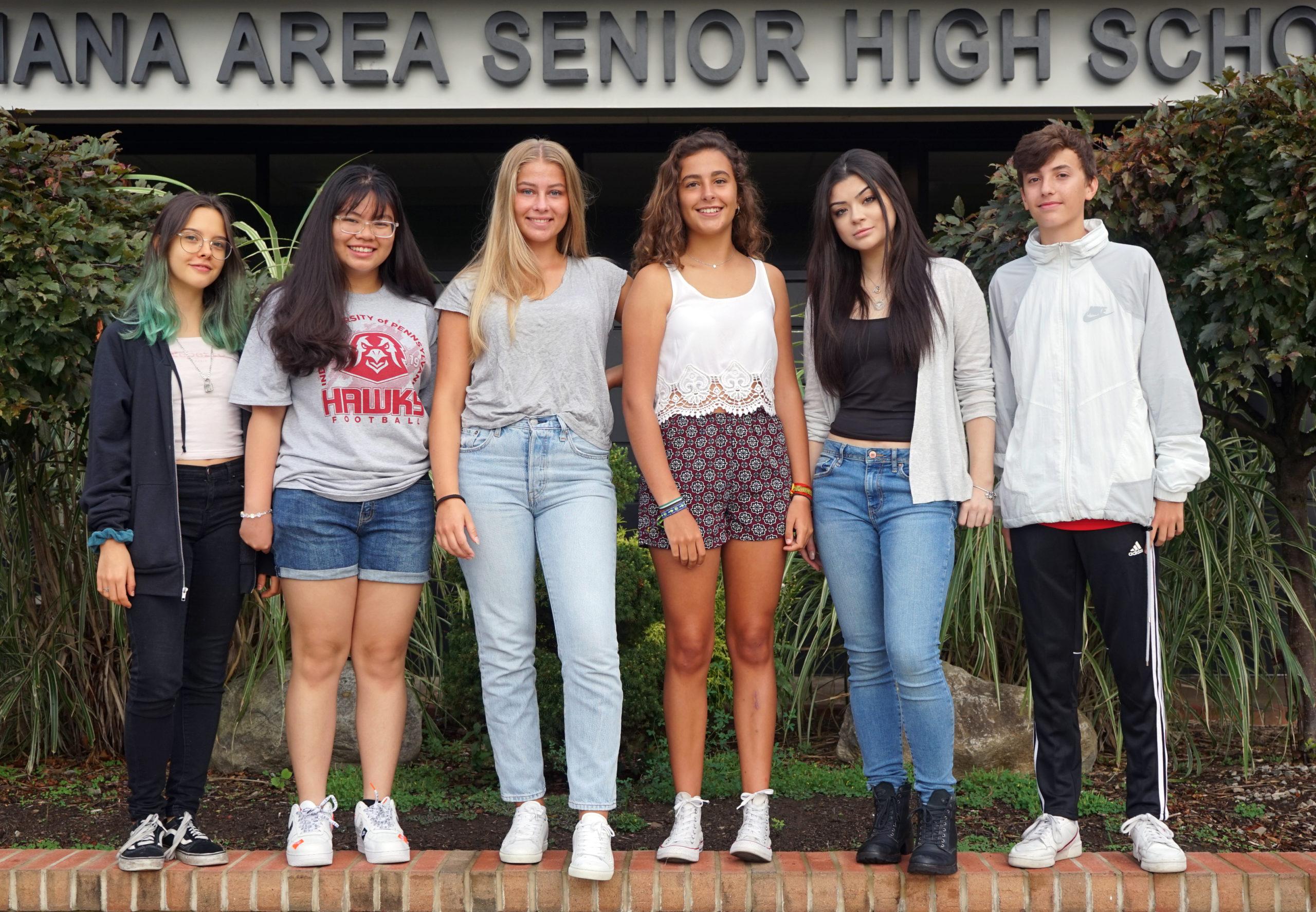 Exchange Students Travel to IHS