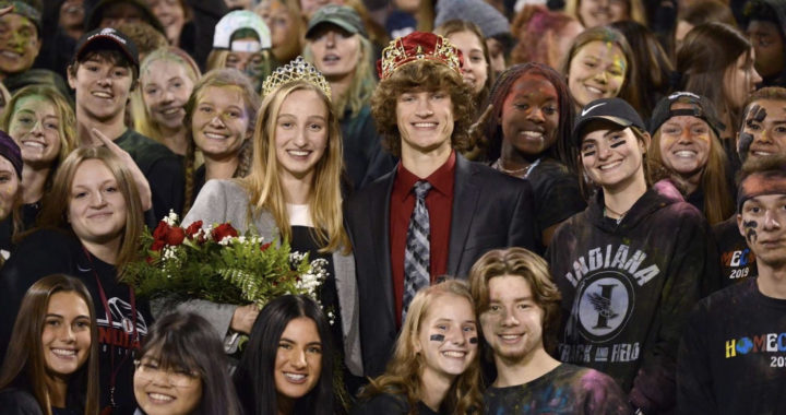 IHS Homecoming game is filled with color