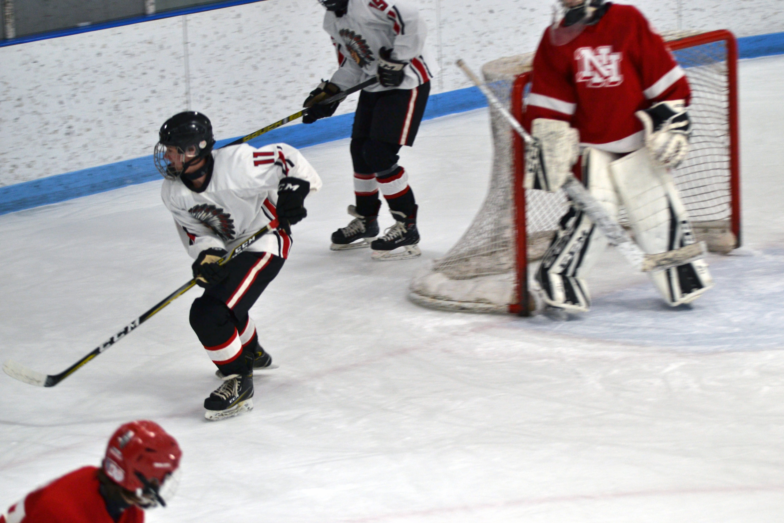 IHS hockey team finishes the season strong