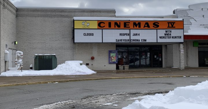 Indiana Mall cinema re-runs old movies due to COVID-19 movie delays